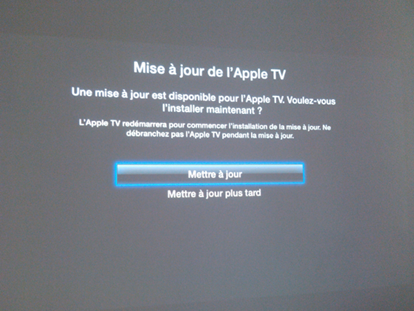 apple tv maj automatique