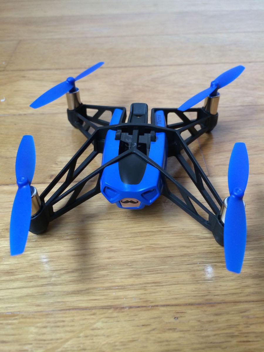 Minidrone-Rolling-Spider-avant