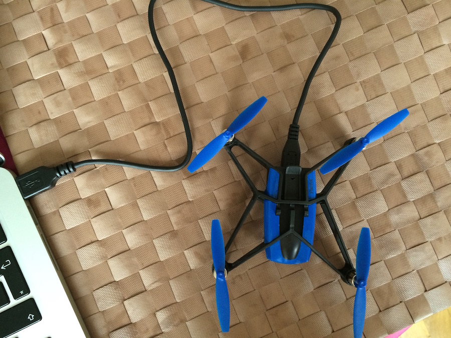 Minidrone-Rolling Spider-charge-usb