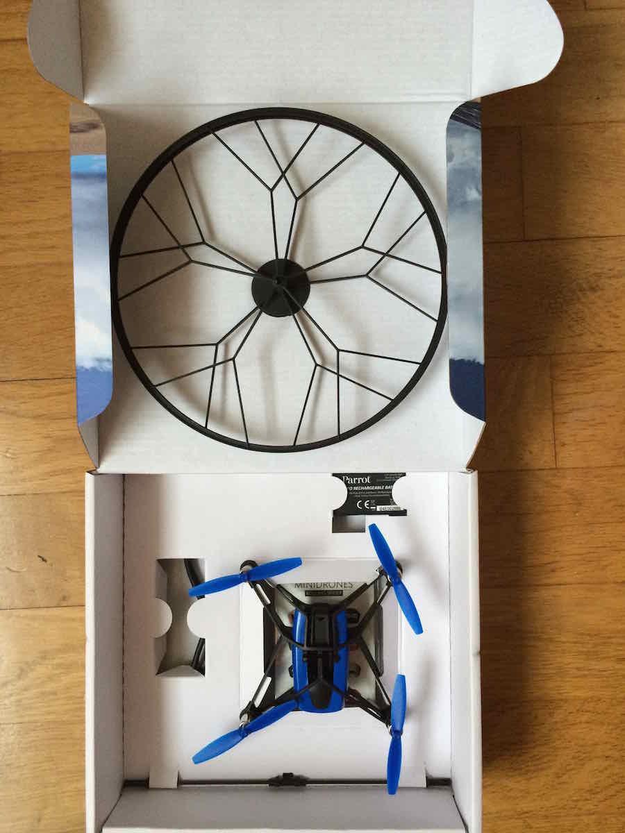 parrot-minidrone-rolling-spider-deballage