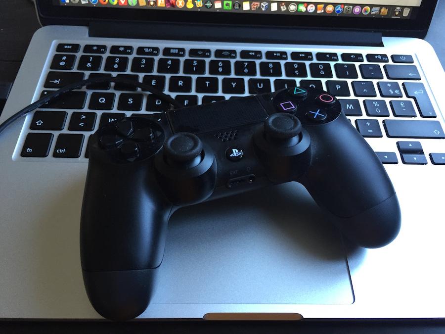 El-capitan-connect-PS4-manette